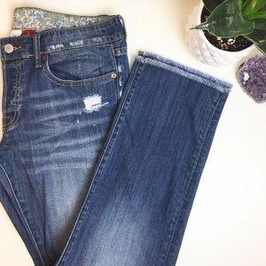 Lucky brand boyfriend raw hem jeans